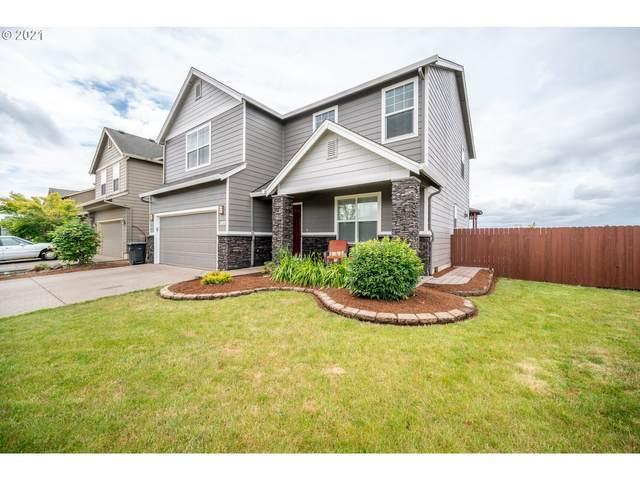 549 Prairie St, Woodburn, OR 97071 (MLS #21420520) :: McKillion Real Estate Group