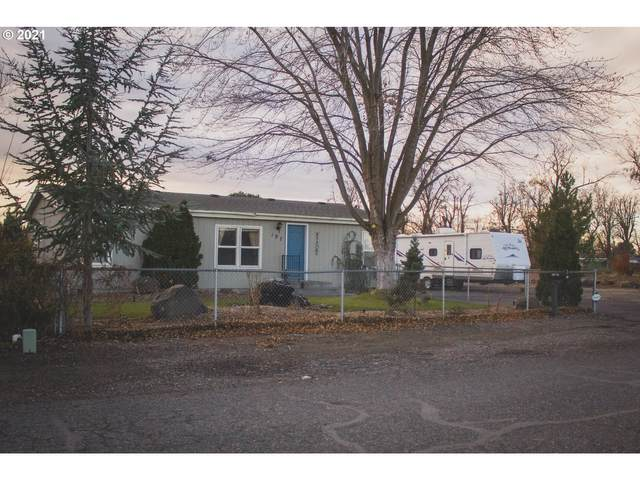 197 NW Oregon Ave, Irrigon, OR 97844 (MLS #21420968) :: Beach Loop Realty