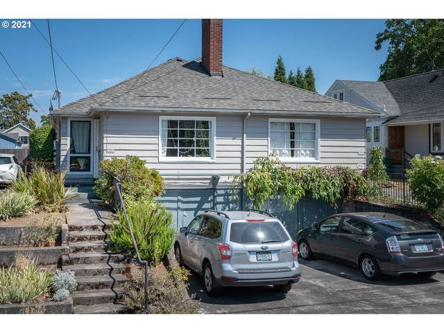 6036 NE 8TH Ave, Portland, OR 97211 (MLS #21423677) :: The Haas Real Estate Team