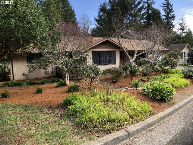 3703 Spruce St, North Bend, OR 97459 (MLS #21424750) :: Townsend Jarvis Group Real Estate
