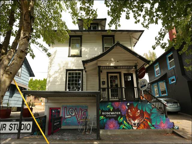 2915 NE Broadway St, Portland, OR 97232 (MLS #21425668) :: Keller Williams Portland Central