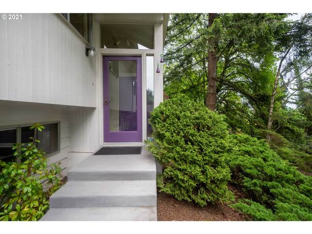 4310 SW Melville Ave, Portland, OR 97239 (MLS #21427242) :: The Pacific Group