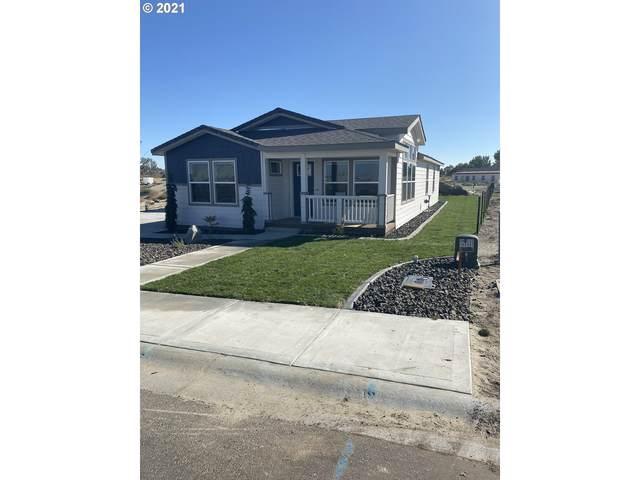 305 Oregon Trail Blvd, Boardman, OR 97818 (MLS #21428204) :: Premiere Property Group LLC