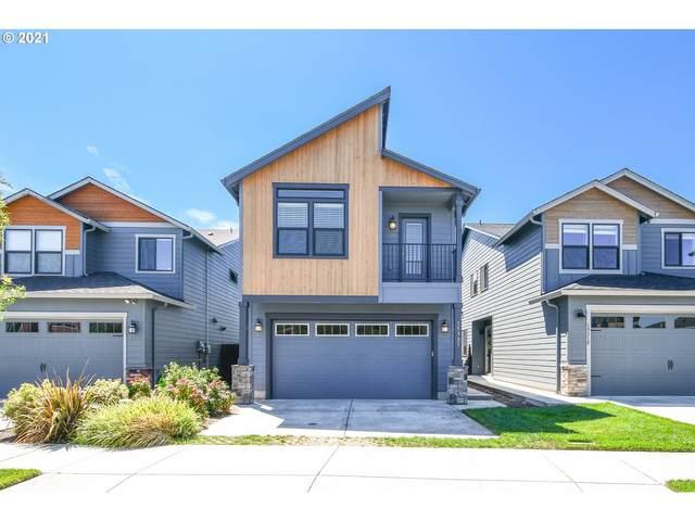 15321 NE 108TH Way, Vancouver, WA 98682 (MLS #21431099) :: Song Real Estate