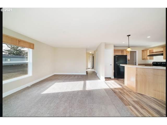 270 Foxglove Way, Reedsport, OR 97467 (MLS #21431870) :: Lux Properties