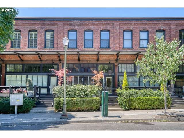 621 NW 11TH Ave, Portland, OR 97209 (MLS #21434142) :: The Liu Group