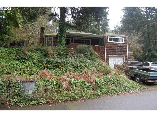 9208 SW 44TH Ave, Portland, OR 97219 (MLS #21434433) :: McKillion Real Estate Group