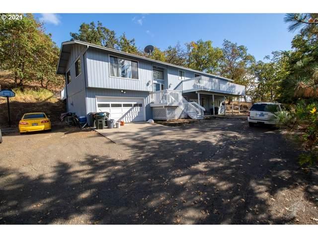 807 NE Garden Valley Blvd, Roseburg, OR 97470 (MLS #21434668) :: Fox Real Estate Group