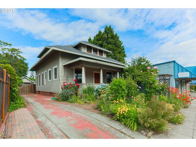 1002 12TH St, Hood River, OR 97031 (MLS #21437546) :: Real Tour Property Group