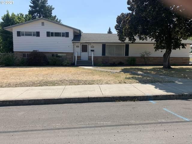 402 N Ave, La Grande, OR 97850 (MLS #21438530) :: Premiere Property Group LLC