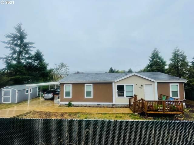 824 NE Madrona Dr, Myrtle Creek, OR 97457 (MLS #21439273) :: Premiere Property Group LLC
