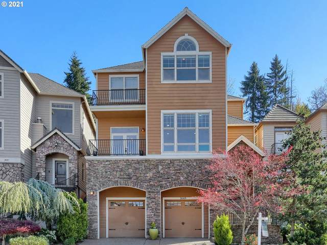 3649 Landis St, West Linn, OR 97068 (MLS #21439825) :: Real Tour Property Group
