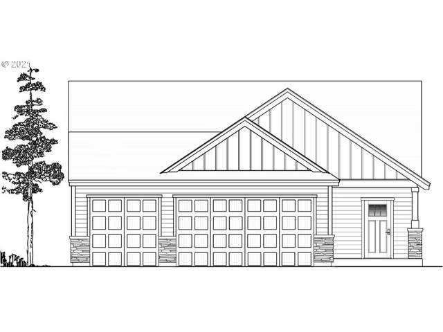 16497 Pine Creek Dr, La Pine, OR 97739 (MLS #21441170) :: Premiere Property Group LLC