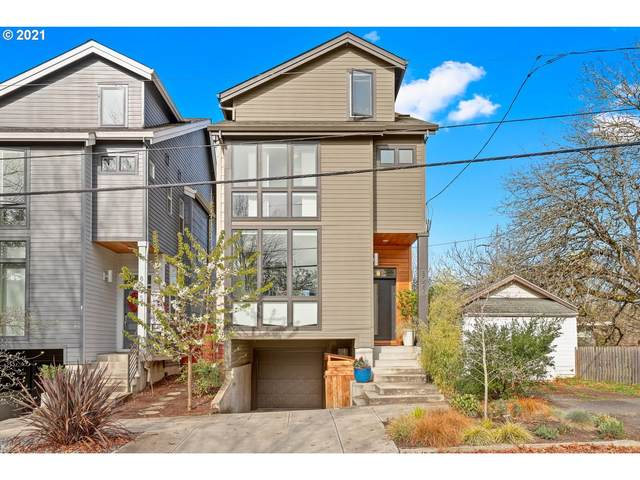 8027 SE 6TH Ave, Portland, OR 97202 (MLS #21443315) :: Townsend Jarvis Group Real Estate