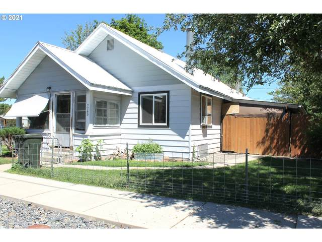 2260 Mitchell Ave, Baker City, OR 97814 (MLS #21444205) :: Beach Loop Realty