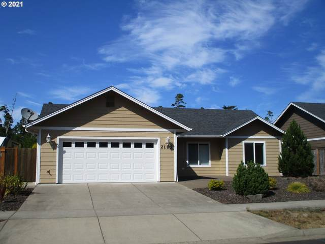 2185 52ND St, Florence, OR 97439 (MLS #21444412) :: Song Real Estate