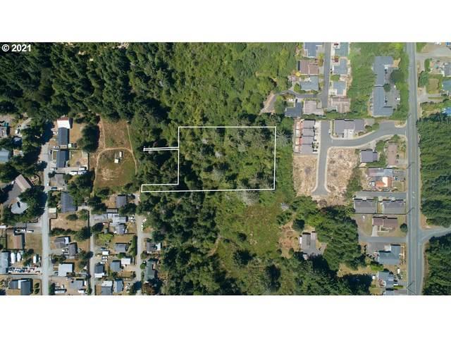 0 25th St, Coos Bay, OR 97420 (MLS #21444752) :: Beach Loop Realty