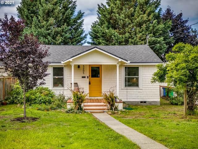 3205 NE 74TH Ave, Portland, OR 97213 (MLS #21446081) :: McKillion Real Estate Group