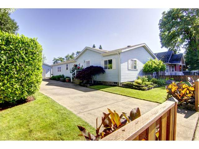 1036 E St, Springfield, OR 97477 (MLS #21446744) :: Duncan Real Estate Group