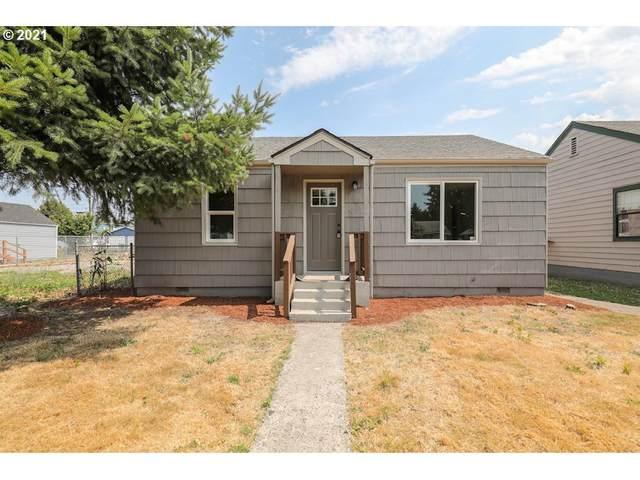 166 15TH Ave, Longview, WA 98632 (MLS #21449940) :: Holdhusen Real Estate Group
