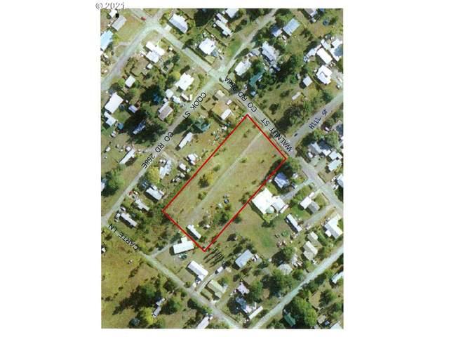 263 Walnut St, Myrtle Creek, OR 97457 (MLS #21450709) :: Premiere Property Group LLC