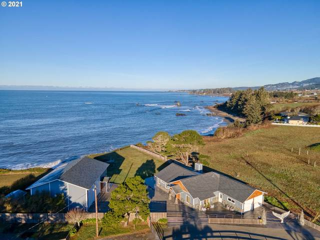 98672 Fox Dr, Brookings, OR 97415 (MLS #21452921) :: Beach Loop Realty