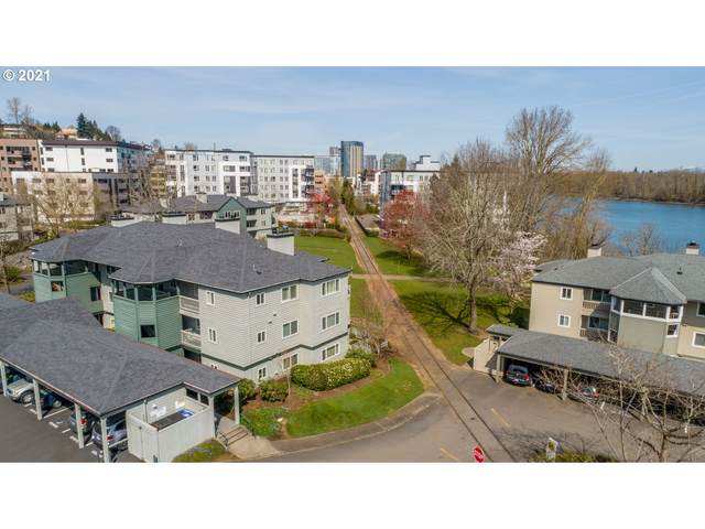 5050 S Landing Dr #304, Portland, OR 97239 (MLS #21453875) :: The Pacific Group