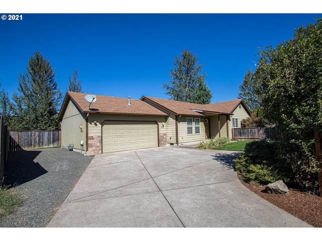 70 Sandalwood Loop, Creswell, OR 97426 (MLS #21454000) :: Lux Properties