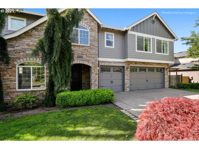 14742 SE Pebble Beach Dr, Happy Valley, OR 97086 (MLS #21454750) :: The Haas Real Estate Team