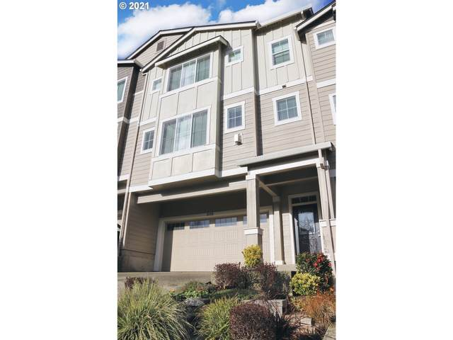 15725 SE Nyla Way, Happy Valley, OR 97086 (MLS #21456176) :: Change Realty