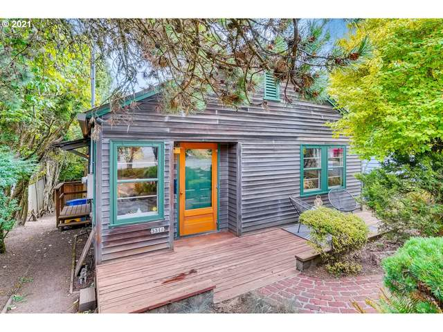 3316 SW 12TH Ave, Portland, OR 97239 (MLS #21457107) :: Real Tour Property Group