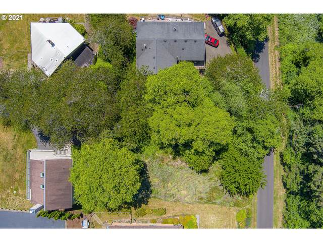 8200 NE Voyage Ave, Lincoln City, OR 97367 (MLS #21458254) :: Cano Real Estate