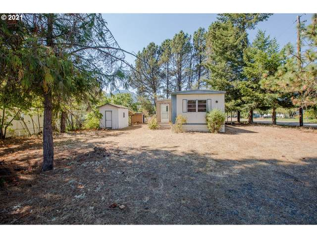 76284 Garden Rd, Oakridge, OR 97463 (MLS #21458559) :: Song Real Estate