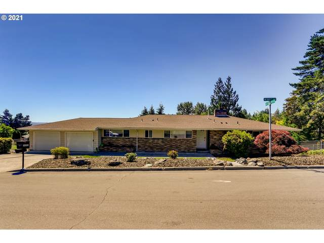 14335 SW 161ST Ave, Tigard, OR 97224 (MLS #21458671) :: Fox Real Estate Group