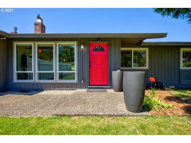 17149 S Bradley Rd, Oregon City, OR 97045 (MLS #21462055) :: McKillion Real Estate Group
