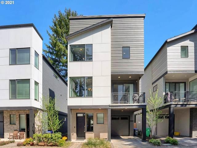 10410 SW 46TH Pl, Portland, OR 97219 (MLS #21464922) :: Tim Shannon Realty, Inc.