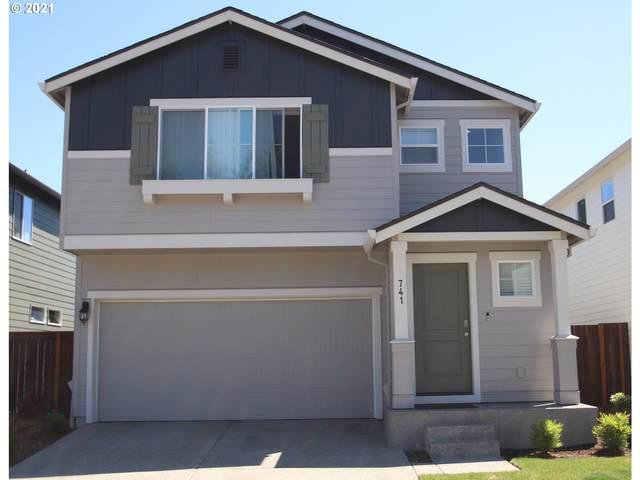 741 NE 138TH Pl, Vancouver, WA 98684 (MLS #21464979) :: Premiere Property Group LLC