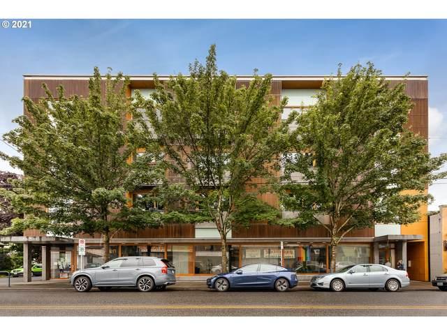 915 SE 35TH Ave #302, Portland, OR 97214 (MLS #21466067) :: Holdhusen Real Estate Group