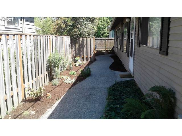 4902 SE 73 Ave, Portland, OR 97206 (MLS #21466181) :: Song Real Estate