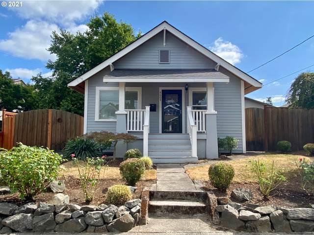 4604 SE 30TH Ave, Portland, OR 97202 (MLS #21466384) :: McKillion Real Estate Group