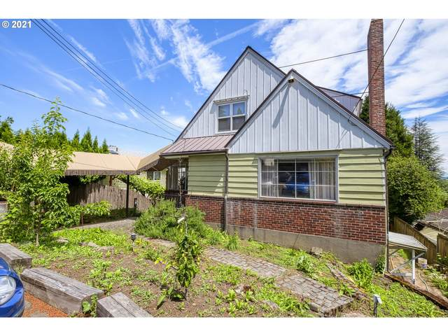 3412 SW 13TH Ave, Portland, OR 97239 (MLS #21467433) :: McKillion Real Estate Group
