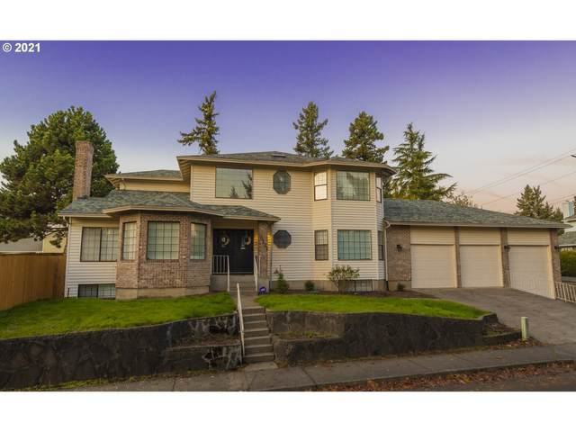 16121 NE San Rafael St, Portland, OR 97230 (MLS #21469700) :: The Haas Real Estate Team