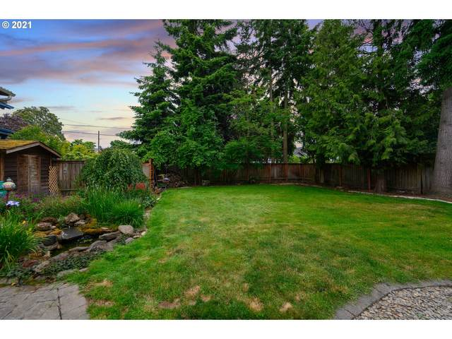 1849 N Russet St, Portland, OR 97217 (MLS #21473585) :: Real Tour Property Group