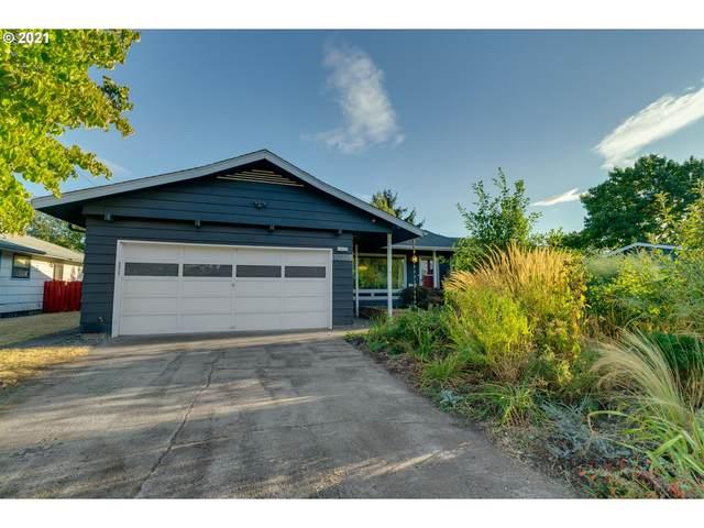 10926 NE Flanders St, Portland, OR 97220 (MLS #21474081) :: Premiere Property Group LLC