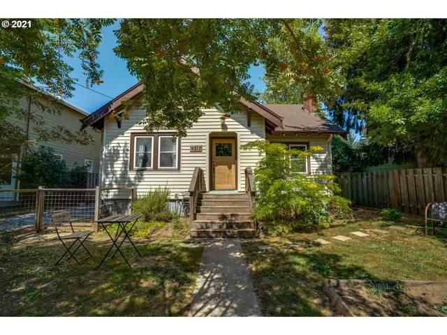 9317 N Macrum Ave, Portland, OR 97203 (MLS #21474602) :: Cano Real Estate