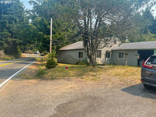 42581 Hensley Hill Rd, Port Orford, OR 97465 (MLS #21475155) :: Song Real Estate