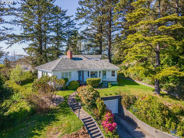 595 Alameda Ave, Astoria, OR 97103 (MLS #21475569) :: The Pacific Group