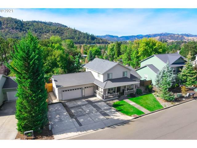 538 North View Dr, Winchester, OR 97495 (MLS #21477551) :: Premiere Property Group LLC