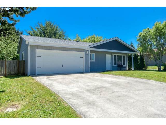 1215 Indiana Ave, Bandon, OR 97411 (MLS #21479581) :: The Pacific Group