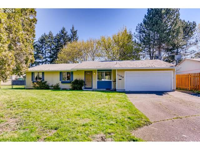 1063 NE Hood St, Hillsboro, OR 97124 (MLS #21483046) :: Cano Real Estate